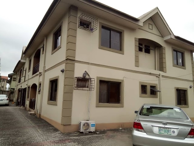 3 Bedroom Flat for Rent inside main Thomas Estate - Ajah