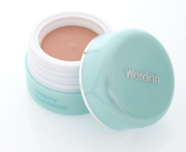 Luminous Creamy Foundation Wardah