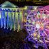 No Natal de Curitiba, Praça Santos Andrade se transforma em parque de diversão para crianças e adultos