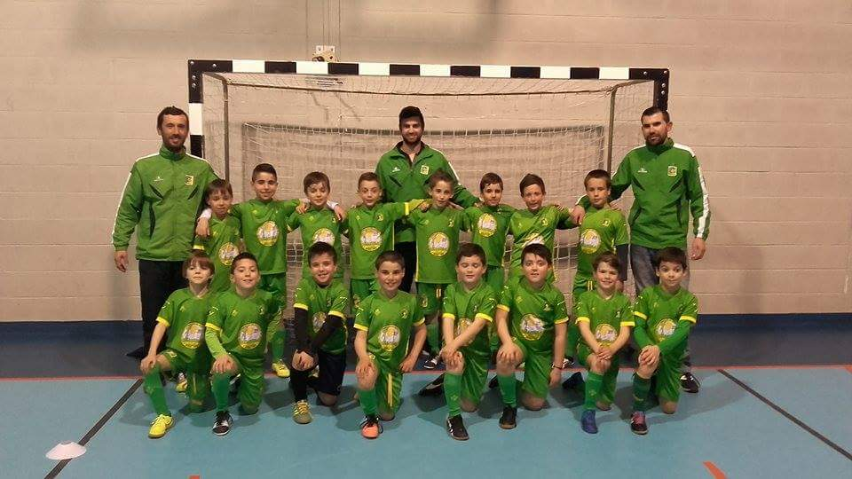 e93b87d9457a5 Arões S.C.   Petizes e Traquinas campeões da Liga Futsal de Fafe !!!