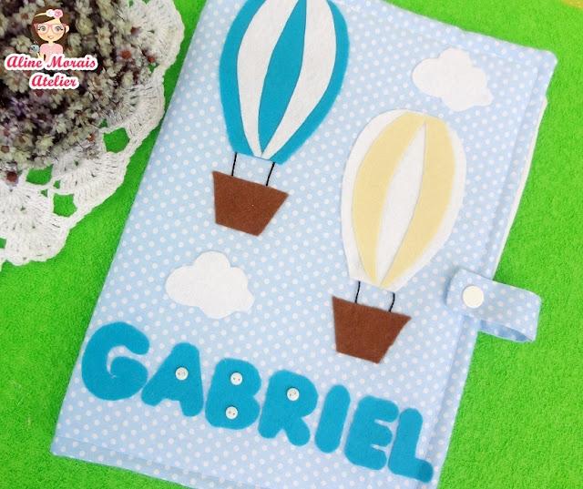 capa para cartão de vacinas de tecido ceu balão nuvens estruturada com manta forrada com bolso