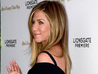 Jennifer Aniston Reveals the Secrets of Beautiful Skin Young