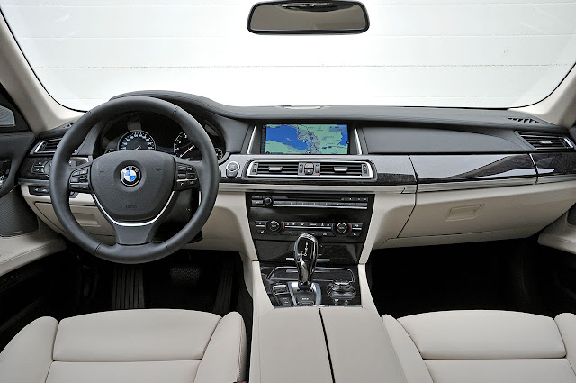 The new BMW 7 Series  interior