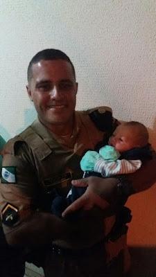 POLICIAL MILITAR CARNEIRO DE ROLÂNDIA - HERÓI DE FARDA