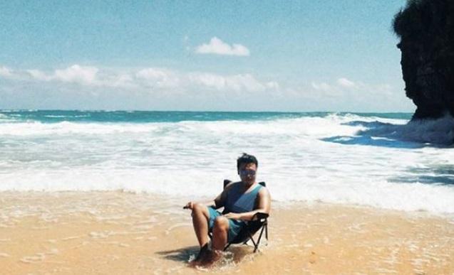 spot-foto-pantai-ngetung