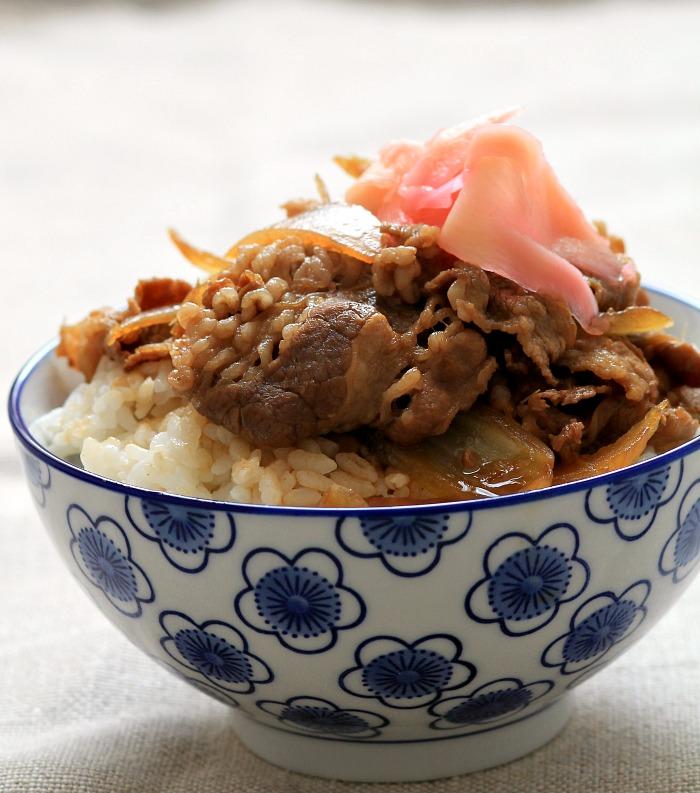 my bare cupboard: Yoshinoya-style gyudon / Japanese beef ...