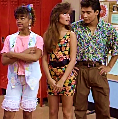 The Kelly Kapowski Dress Is Back In Style Schue Love