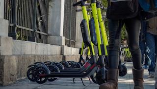 Δωρεάν διαδρομές με πατίνι σε όσους πάνε να ψηφίσουν προσφέρει η Lime