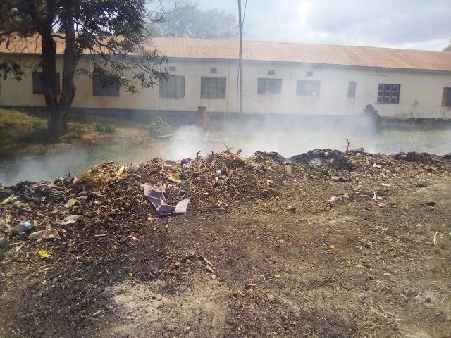 Uchomaji Taka Eneo la Makazi,Kero kwa Wananchi hawa Biharamulo.