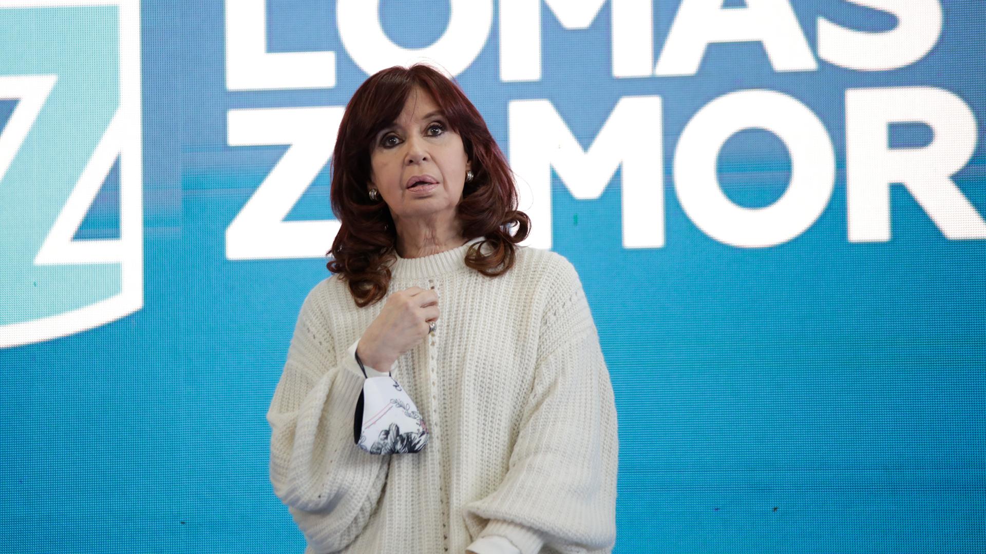 """Cristina Kirchner rompió el silencio: """"No soy yo la que está jaqueando al Presidente, es el resultado de la elección y la realidad"""""""