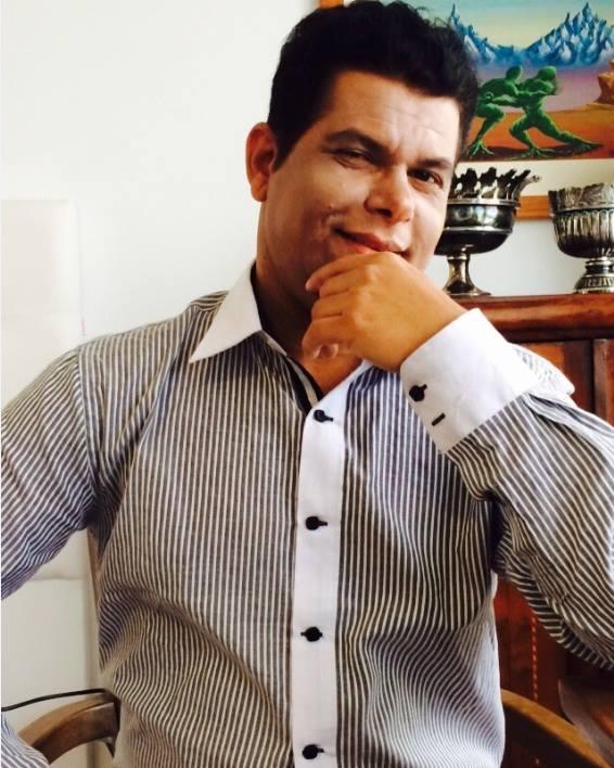 Matemático Valdivino Sousa concedeu entrevista ao portal Mundo da Matemática e fala sobre do método X Y Z que criou para ajudar os alunos aprender Matemática