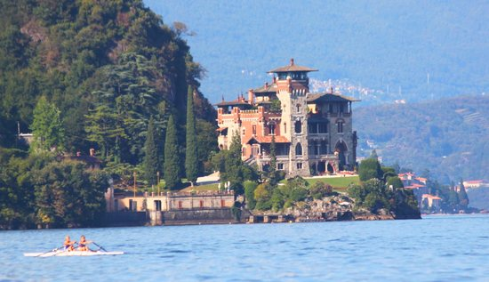 Como lake villas
