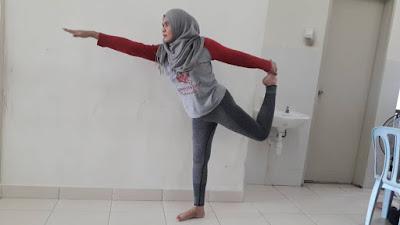Yoga, dancer pose, body shaping, flexible spine, shoulder, hamstring, cara jaga tulang belakang, lentur tulang dan otot, senaman untuk tenangkan fikiran, cara hilangkan tarik mengkarung, tarik urat, kesan kurang kalsium, cara turunkan berat badan, weight loss exercise,
