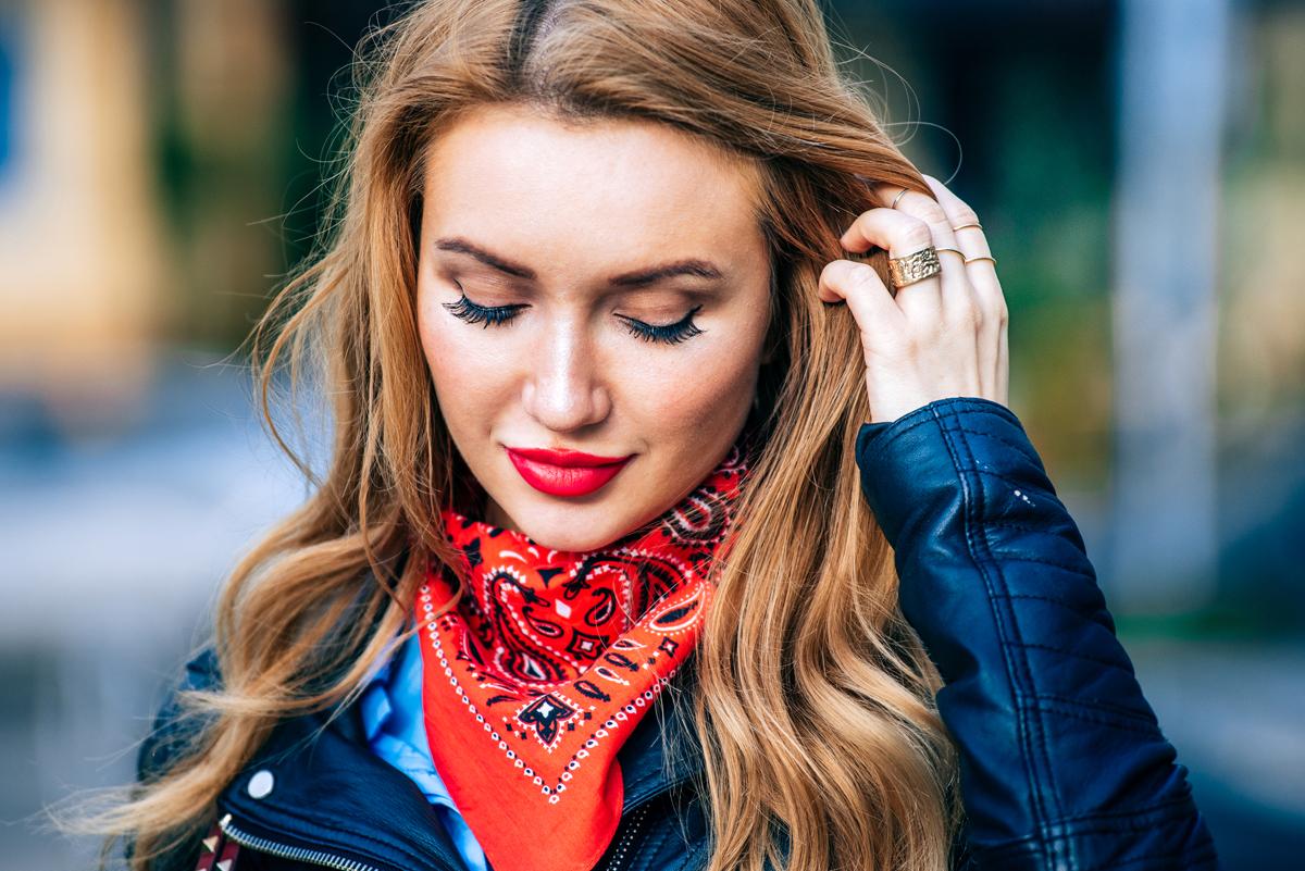 fashion блоггеры, модные блоггеры, модные блоггеры 2016, как повязать платок на шею, longhair, look, outfit, red lipstick