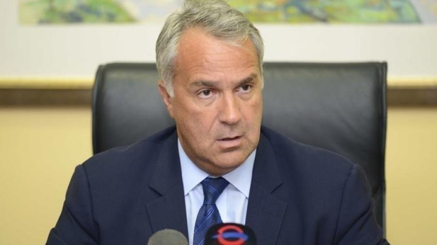 Ο Υπουργός Αγροτικής Ανάπτυξης Μάκης Βορίδης δηλώνει άσχετος με την αγροτική ανάπτυξη!
