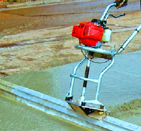 Mechanical driven temper for concrete compaction