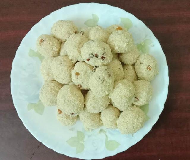 KERALA SWEET DISH -( THARI UNDA) RAVA LADDU