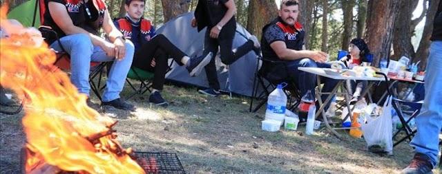 السياحة في تركيا - هضبة فندقلي التركية الوجهة الأولى لعشاق سياحة التخييم