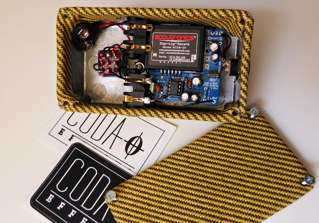 Rub a Dub Reverb tweed inside