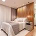 Suíte com quarto e banheiro abertos com piso vinílico, móveis em laca e penteadeira camuflada!