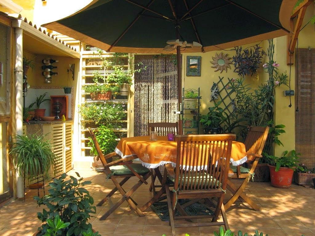 Consejos para decorar jardines en terrazas y balcones for Decoracion de jardines pequenos rusticos