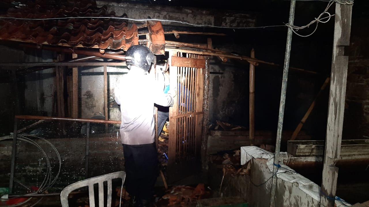 Lagi Masak Srundeng, Rumah Warga Kutowinangun Terbakar