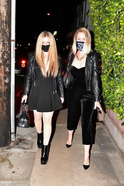Avril Lavigne – Out for a dinner at Giorgio Baldi in Santa Monica