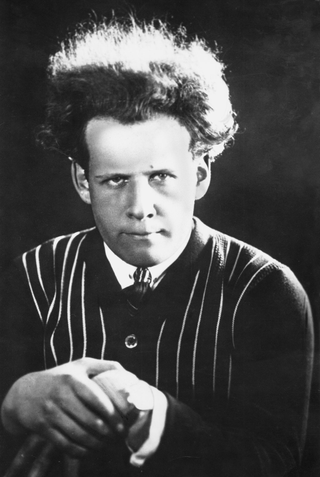 essays on sergei eisenstein Sergei eisenstein odessa eisenstein cuts into the how to buy essays online montage in films of sergei eisenstein – research paperthis research paper.