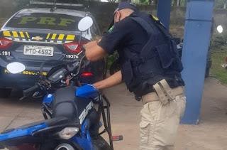 PRF recupera no Maranhão moto roubada no Piauí