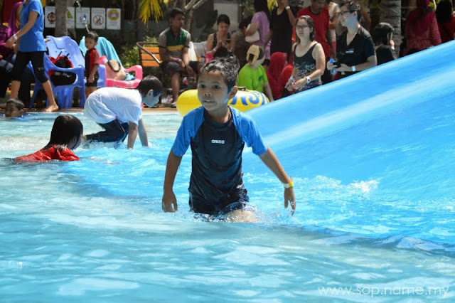Mandi manda di Waterpark Gold Coast Resort Morib