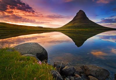 paisaje montaña y lago