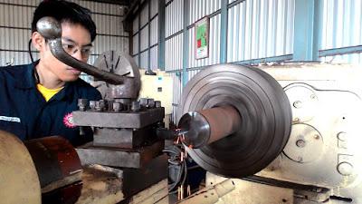 Job Visa engineering Mesin Bubut (produksi komponen mesin)