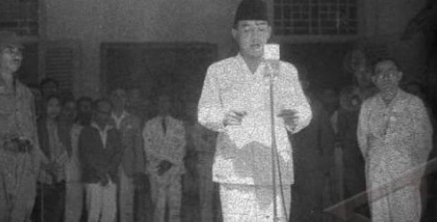 Proklamasi Kemerdekaan Republk Indonesla dan Sidang Pertama PPKI