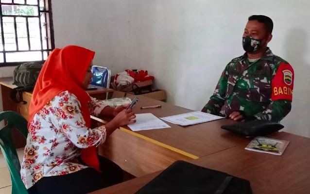Dengan Cara Komunikasi Sosial, Personel Jajaran Kodim 0207/Simalungun Jalin Silaturahmi Dengan Perangkat Desa