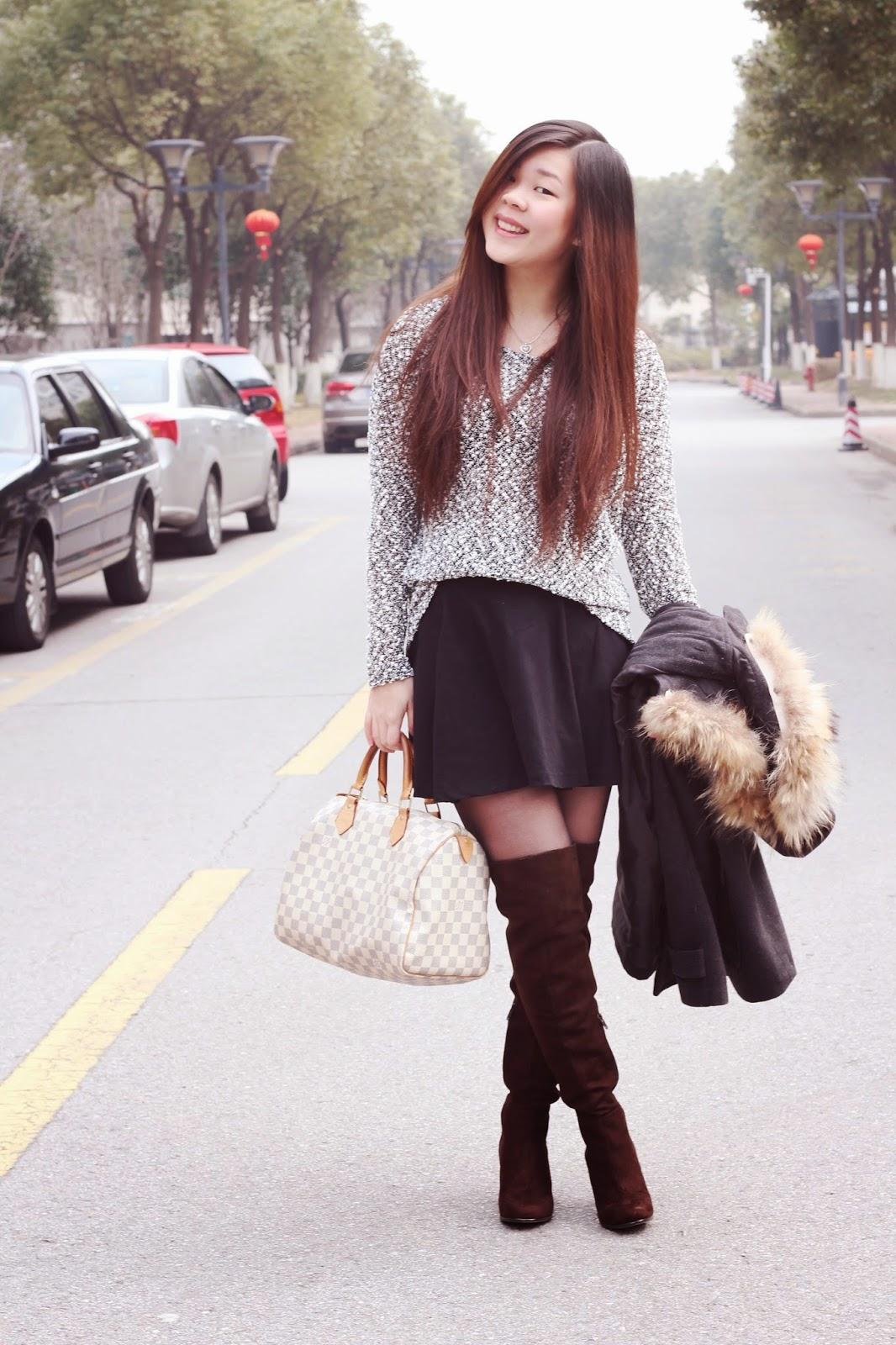 sijia 39 s world outfit 67 schwarz wei pullover mit rock und overknee stiefel. Black Bedroom Furniture Sets. Home Design Ideas