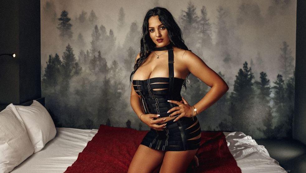 DaliaIvy Model GlamourCams