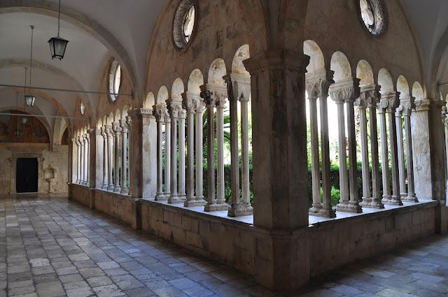 Claustro del monasterio Franciscano - Que ver en Dubrovnik