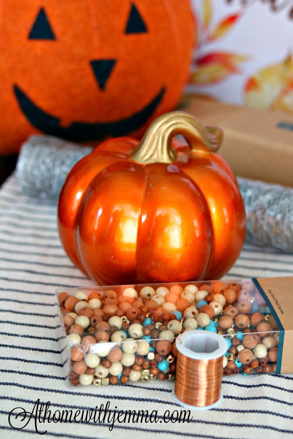 craft-fall-chicken-wire-handmade-pumpkin-athomewithjemma
