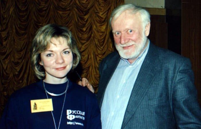 Тайны Кира Булычева: почему автор «Гостьи из будущего» скрывал свое настоящее имя