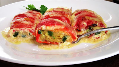 Paprike s tikvicama / Stuffed peppers and zucchini