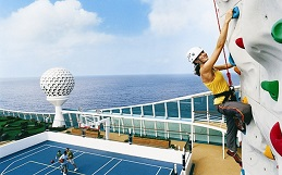 Attractions and fun things to do onboard a cruise ship