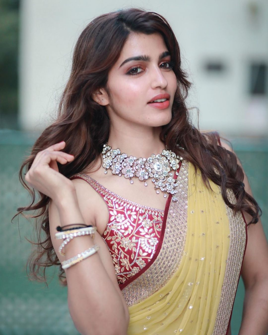 Actress Sai Dhanshika HD Photos