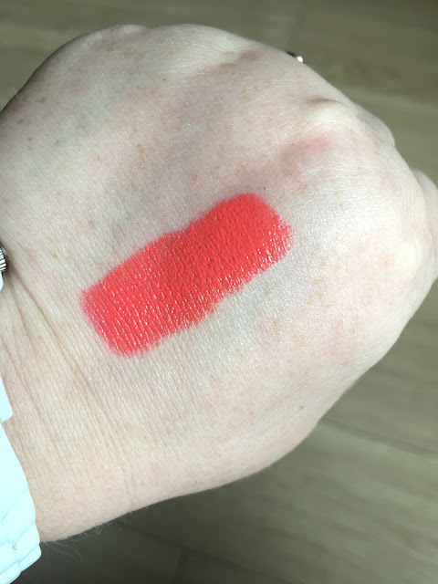 L'Oreal Sexy Balm - Never Stop
