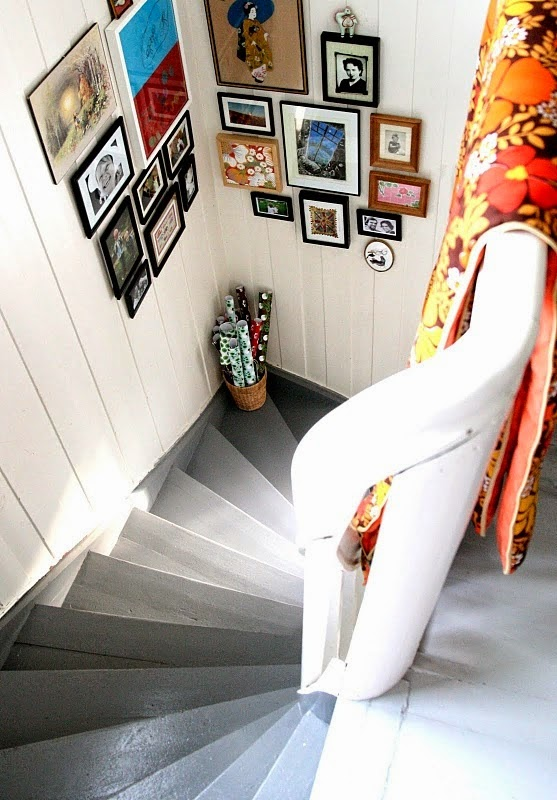 50 Creative Staircase Wall decorating ideas, art frames ... on Creative Staircase Wall Decorating Ideas  id=20754