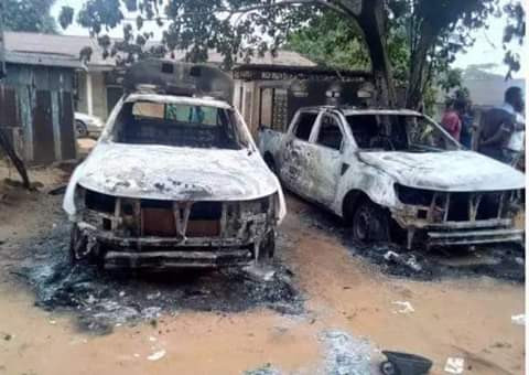 Angry youths burn police station in Imo over alleged killing of young man by trigger-happy policeman - See Photos