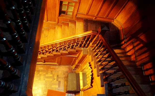 Laperal Mansion Staircase
