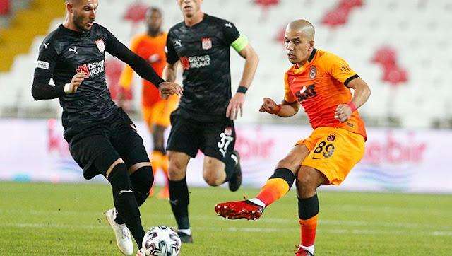 Feghouli asist sayısında Sneijder'ın peşinde!