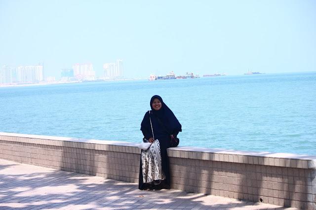 Nasriati Muthalib di Pulau Penang Malaysia