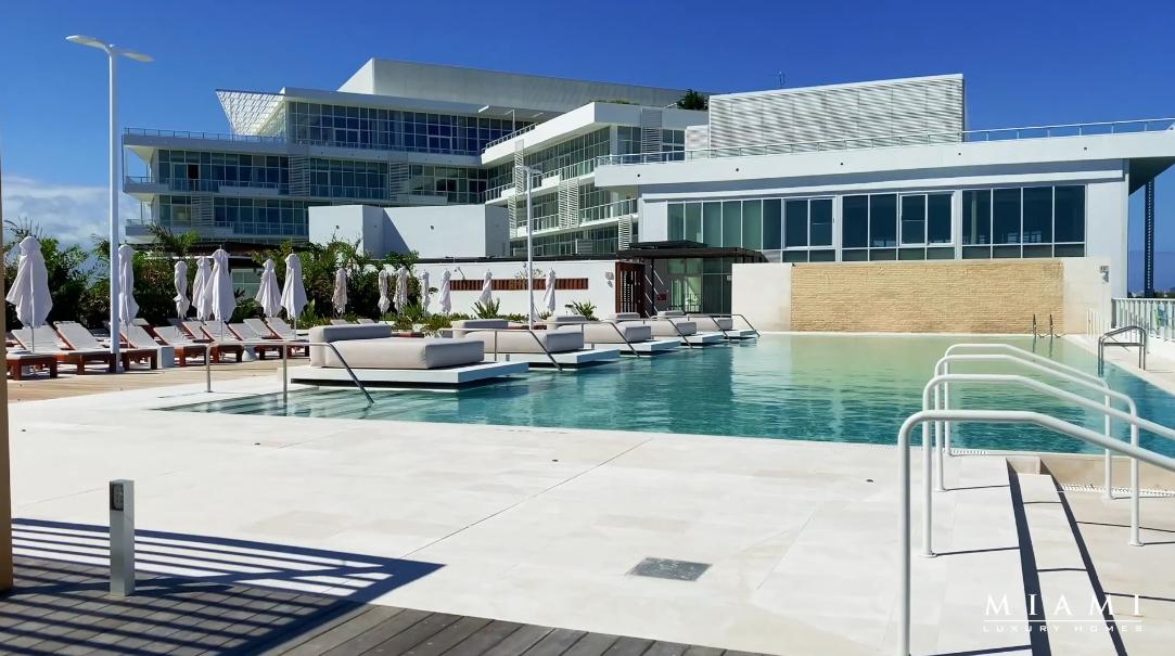 Tour 4701 N Meridian Ave #218, Miami Beach, FL vs. 29 Interior Design Photos