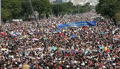 marcha-para-jesus-sao-paulo-01 Marcha para Jesus reúne multidão de evangélicos em São Paulo